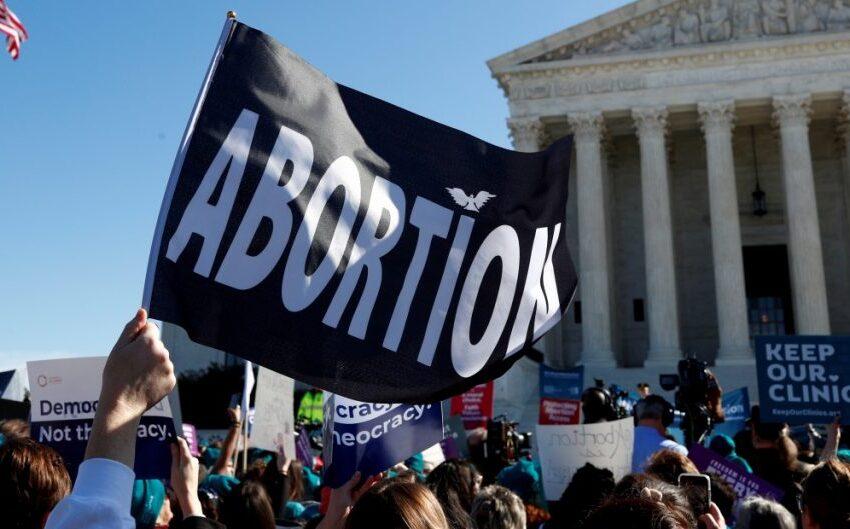 Texas prohíbe abortos antes de las seis semanas de gestación